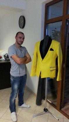 Hmmm...new suit ;)