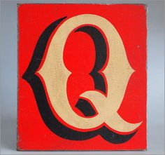 The Vintage Wall - Hand-painted wooden sign: fairground letter 'Q'