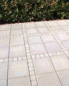Mounting a Block or Paver Walkway – Outdoor Patio Decor Outdoor Patio Pavers, Outdoor Patio Designs, Paver Walkway, Beddinge, Patio Layout, Patio Flooring, Concrete Pavers, Concrete Stone, Backyard
