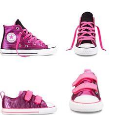 Nous models de @converse - Chuck Taylor All Star Shine, en color Rosa shappire. Originals i atrevits, però amb l'essència de sempre. Us agraden? #sabates #botes #tardor #hivern #nens #zapatos #zapatosnuevos #botas #niños #chucktaylor #converse #shoes #instakids #kidshoes #boots #kids #kidsfashion #modainfantil #original #aventuresponys #instafashion #zapatosniños #infantil #cute #fashion