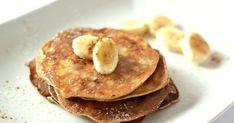 Mennyei 3 hozzávalós banános palacsinta recept! Ha reggelente nem szeretünk, vagy nincs időnk sokat időzni a konyhában, akkor ez a recept nagy kedvenc lesz. Egészséges, liszt nélküli palacsinta - azaz gluténmentes -, mindössze 3 hozzávalóból! Másik előnye pedig, hogy csak 10-15 perc kell az elkészítéséhez.
