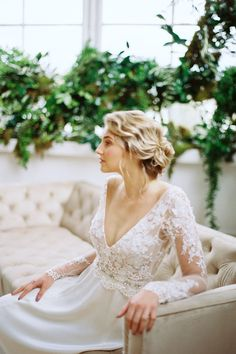 Claire Pettibone floral Santorini wedding dress with open low back, long silk train, embellished floral bodice and sheer long sleeves. Ivory Wedding, Boho Wedding, Rustic Wedding, Wedding Gowns, Destination Wedding, Dream Wedding, Wedding Makeup Blonde, Claire Pettibone, Santorini Wedding