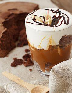 Copa golosa de chocolate, dulce de leche y banana - Azúcar Ledesma