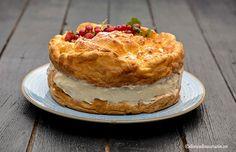 TORT ECLER CU CREMA DE VANILIE - TORT KARPATKA   Diva in bucatarie Pie, Desserts, Food, Gastronomia, Torte, Tailgate Desserts, Cake, Deserts, Fruit Cakes