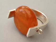 Decogirl DeS™ // Sterling Silver and amber ring