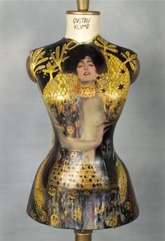 Klimt dress form