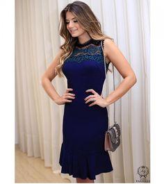 ✨Vestido super delicado com detalhes em renda!!💙💙💙  ✨Tam 42👉R$399,90  ✨Compras pelo Whats 📞45991030273.  ✨Parcelamos até 6x sem juros pelo Pag seguro 💳.  ✨Frete gratis para pagamentos à vista!!💰.  ✨Enviamos para todo o Brasil!! #HypnaughtyPower #vestidos #ootn #ootd #fashion #it #trend #followers #lookdodia #moda #modafesta #winter2017 #love #girls #chic #glam #glamour #blogger #novidades #temqueter #cute #style #estilo #modafeminina