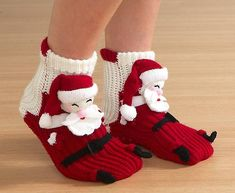 151125133635(10) (620x509, 198Kb) Crochet Shoes, Crochet Baby Hats, Crochet Slippers, Knit Crochet, Baby Knitting Patterns, Crochet Wrap Pattern, Spring Boots, New Years Dress, Happy Socks