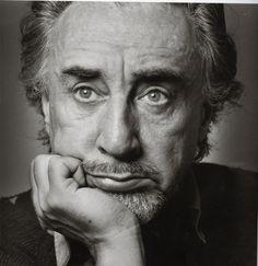 Romain Gary, né le 8 mai 1914 http://manufacturedeslettres.tumblr.com/post/49851990554/ecrivain-diplomate-deux-fois-prix-goncourt