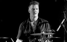 Josh Homme from QOTSA drumming for Eagles of Death Metal