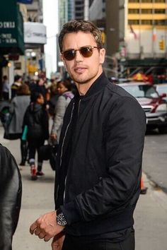 Theo James arrives at the Colbert Late Show, March 2016