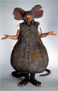 """Mark Ritts as Lester the Rat in the television science show """"Beakman's World."""" He also played the puppet penguin Herb. The Ritts family had a generational cottage at Chautauqua and loved it there. Centaur Costume, Rat Costume, Dragon Costume, Easy Diy Costumes, Halloween Costumes For Girls, Charlotte Web Costume, Science Penguin, Penguin Meme, Halloween Garage"""