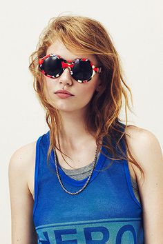 Recalling Recalling Miss Teen Vogue photo by Justin Borbely 2014 sunglasses by Mercura NYC