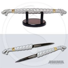 Double Dragon Daggers knives