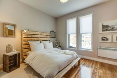 Plateau Mont-Royal - transitional - Bedroom - Montreal - Le Blanc Home Staging & Relooking