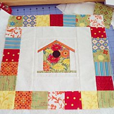 Free Pattern - Paper Piecing Birdhouse Block