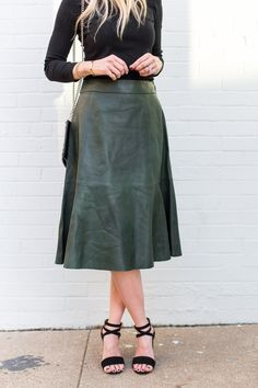 98d5403ded green leather skirt Saturday Outfit, Sunday Outfits, Holiday Outfits,  Everyday Outfits, Green