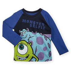 Your little scarer will be head of the class in this colorful Disney Boys Black/Purple Long Sleeve Monster's Inc. Mike and Sulley Graphic Raglan Top - Toddler. This fun, sporty tee… Cute Princess, Princess Outfits, Disney Boys, Baby Disney, Babies R Us, Little Babies, Monsters Inc, Disney Monsters, Mike And Sulley