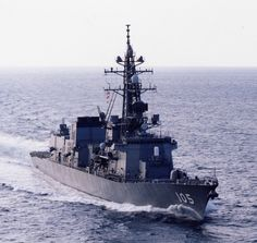 JMSDF DD Murasame class Inazuma Destroyer [護衛艦 いなづま]海上自衛隊の「むらさめ型護衛艦」の5番艦。排水量/基準 4,550トン 満載 6,100トン 全長/151m 全幅/17.4m 吃水/5.2m 機関/石川島播磨-GE LM2500 × 2基 川崎スペイSM1C × 2基 2軸推進 機関出力/60,000PS 最大速/30ノット 乗員/165名 兵装/76mm62口径単装速射砲 × 1門 Mk15ファランクスCIWS × 2基 90式艦対艦誘導弾(SSM-1B)4連装発射筒 × 2基 Mk41 VLS 16セル Mk48 VLS 16セル 68式3連装短魚雷発射管 × 2基 電子装置/OPS-24B対空レーダー OPS-28D水上レーダー OPS-20航海レーダー 81式射撃指揮装置2型-31 × 2基 OQS-5ソナー OQR-2曳航ソナー NOLQ-3 ECM OLT-3 ECM Mk137チャフ発射機 × 4基 SLQ-25曳航パッシブアレー 搭載機/SH-60J/K哨戒ヘリコプター × 1機(最大2機搭載可能)