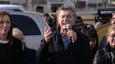 """""""MACRI LES DIJO NEGRAS DE MIERDA A LAS MUJERES QUE RECLAMABAN TRABAJO"""". AUDIO    """"Macri les dijo negras de mierda"""" En dialogo con FM Residencias (Mar del Plata) Nelio Sánchez de la agrupación Nueva Esperanza aseguró que el presidente Mauricio Macri trató de """"negras de mierda"""" a las cooperativistas que reclamaban por trabajo durante su acto en Belisario Roldán. Se conocieron detalles del incidente ocurrido el pasado fin de semana en la ciudad de Mar del Plata cuando lo que iba a ser un acto…"""