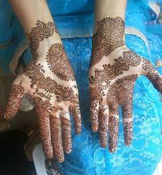 mehndi maharani finalist: Henna Cafe http://maharaniweddings.com/gallery/photo/27020