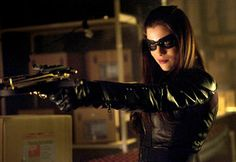 Jessica de Gouw to Return on Arrow 2×17 Birds of Prey