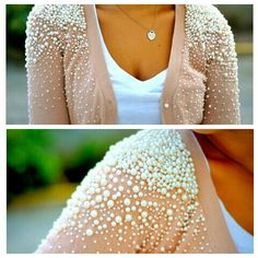 Add pearls or gems to an old shirt to give new it life! Diy Fashion, Ideias Fashion, Fashion Design, Pearl Embroidery, Embroidery Ideas, Embroidery Fabric, Diy Vetement, Pearl Dress, Clothing Hacks