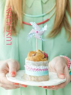 This is a beautiful free online magazine filled with delicious, inspirational and seasonal recipes and stunning photography. Luscious Spring 13