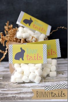 Saving these free printable bunny tail labels for next year. So cute for Easter! {Mama Miss}