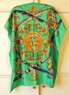"Stunning Hermes Paris JACQUARD Silk Scarf - ""DAÏMYO"" Pale Green"