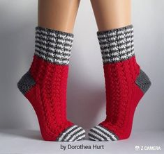 Small businessman according to § 19 UstG, no expulsion of VAT. Wool socks, cuddly socks size f Crochet Socks, Knitted Slippers, Knit Or Crochet, Knitting Socks, Hand Knitting, Knitting Patterns, Selling Handmade Items, Cozy Socks, Ladies Gents