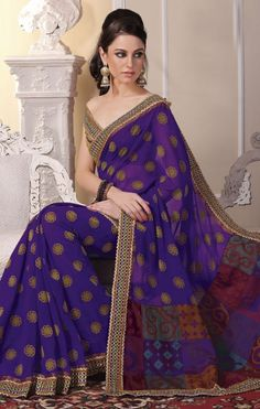 New Indian ethnic Bollywood Sari Designer Fancy Party Saree Wedding 7560 Pakistani Outfits, Indian Outfits, Indian Clothes, Indian Beauty Saree, Indian Sarees, Velvet Saree, Party Sarees, Bollywood, Sari