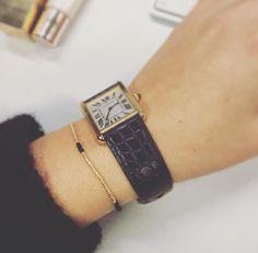 Minimalist jewellery by is definitely on our X-mas wishlist ✔️ Regram from Elle beauty editor Minimalist Jewelry, Square Watch, Editor, Bracelets, Instagram Posts, Leather, Jewellery, Accessories, Beauty