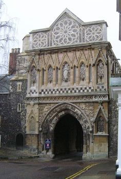 Gatehouse, Norwich Cathedral, Norfolk - PicturesOfEngland.com