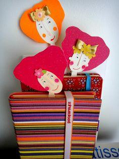 marcadores de livros Art For Kids, Crafts For Kids, Arts And Crafts, Book Crafts, Paper Crafts, Cute Crafts, Diy Crafts, Felt Bookmark, Felt Brooch