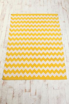 Urban Outfitters 5x7 Zigzag Rug