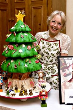 This Christmas Tree cake was created for the Hilton Head Dance Theatre's annual performance of The Nutcracker Ballet. Look closely and you can see Clara, the Nutcracker Prince and the Mouse King.