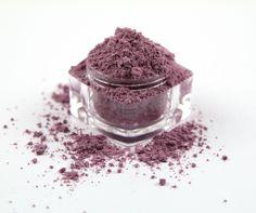 SUGARED LILAC - Loose Powder Mineral Eye Shadow by DirtyGirlBeauty on Etsy