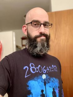 My first time trying the beard with bald head look, what do you think? Shaved Head With Beard, Bald With Beard, Bald Men, Badass Beard, Bald Heads, Awesome Beards, Beard Styles, Costume Design, First Time