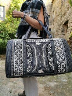 Just as the name implies, this handmade bag is perfect for a weekend getaway. Take it on the plane as your carry-on or as your overnight bag and turn heads! Vegan Fashion, Ethical Fashion, Backpack Bags, Weekender Bags, Handmade Bags, Weekend Getaways, Plane, How To Look Better, Collection