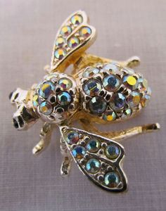 Joan Rivers Aurora Borealis Small Bee Pin