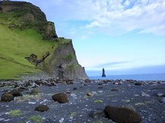 A calm day at the black sands of Iceland #landscape #calm #black #sands #iceland #photography