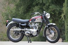 Billedresultat for triumph motorcycle Indian Motorcycles, British Motorcycles, Vintage Motorcycles, Custom Motorcycles, Triumph Scrambler, Triumph Bonneville, Triumph Motorcycles, Triumph T120, Scrambler Motorcycle