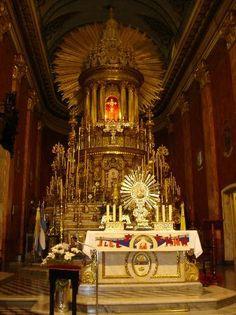 Altar Virgen de los Milagros- Catedral Salteña.ARGENTINA