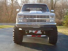 Chevy Enthusiast Pick this Trucks Model Year as their Top Favorite Chevy Pickup Trucks, Lifted Ford Trucks, Gm Trucks, Chevy Pickups, Chevrolet Trucks, Lifted Chevy, Hot Rod Trucks, Cool Trucks, Jeep 4x4