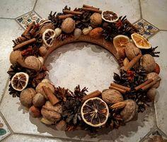 "Милые сердцу штучки: Мой новогодний декор 2016: ""Венок с корицей"" Nature Crafts, Pine Cones, Stuffed Mushrooms, Wreaths, Vegetables, Fall, Handmade, Diy, Home Decor"