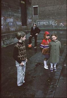 The Slums of Glasgow Through the Lens of a French Photographer - Glasgow by Raymond Depardon