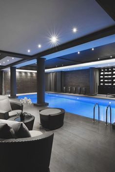 Stock Tank Swimming Pool Ideas, Get Swimming pool designs featuring new swimming pool ideas like glass wall swimming pools, infinity swimming pools, indoor pools and Mid Century Modern Pools. Find and save ideas about Swimming pool designs. Luxury Swimming Pools, Luxury Pools, Indoor Swimming Pools, Swimming Pool Designs, Lap Swimming, Swiming Pool, Swimming Pool Architecture, Big Pools, Pool Houses