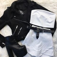 Teen Fashion Outfits, Cute Casual Outfits, Girly Outfits, Mode Outfits, Grunge Outfits, Look Fashion, Pretty Outfits, Stylish Outfits, Korean Fashion