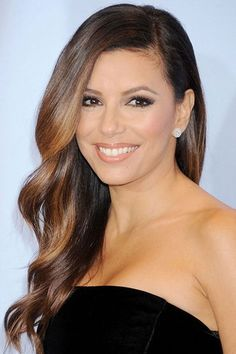 In need of a major hairstyle makeover? If you're on the look out for some sassy long hairstyles and long haircuts then you're in the right place. Beautiful Smile, Most Beautiful Women, Kardashian, Volume Curls, Eva Longoria, Hot Hair Styles, Long Hair Cuts, Hairstyles Haircuts, American Actress